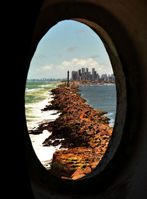 Gustavo Maia Recife é um Porto Farol da Barra Forte do Picão